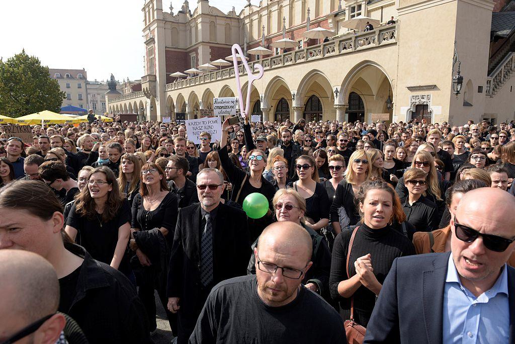 Черный протест, Black protest, Чорний протест