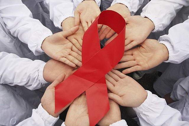 СПИДом, AIDS, СНІДом
