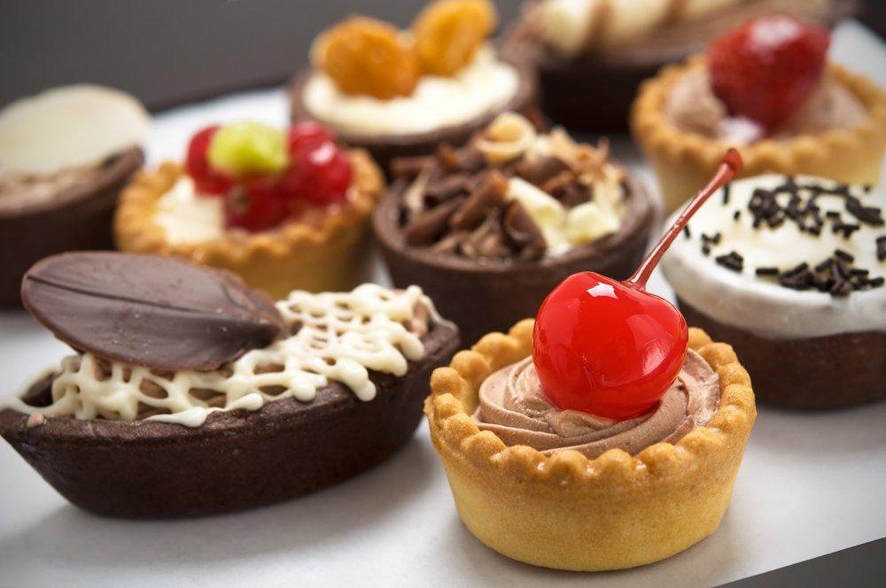 отказаться от сладостей, refuse sweets, відмовитися від солодощів