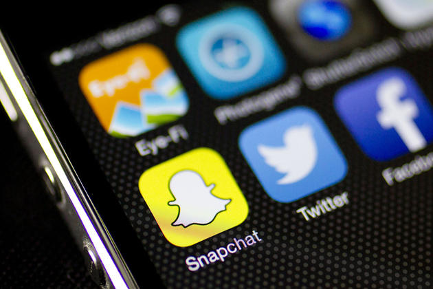 Social Messaging Service Snapchat