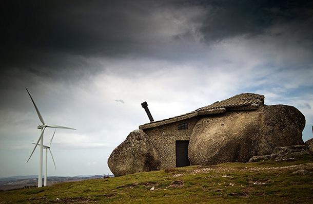 необычные дома - дом в камне